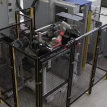 Roboterzelle mit Kamera zum Zuführen von Schmiedeteilen